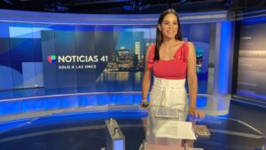 "Newsroom image of WXTV's ""Solo a las Once"" anchor Yisel Tejeda"
